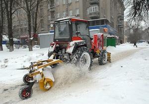Киевские власти закупят снегоуборочную технику на 47 млн гривен