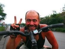 Украинец совершит 40-дневный голодный велопробег
