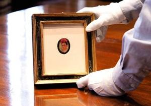 В США на аукцион выставят самый маленький автопортрет Фриды Кало