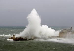 Из-за шторма прекращено сообщение  между Крымом и Кубанью