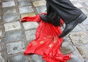 Львовский облсовет запретил вывешивать 9 мая красные флаги