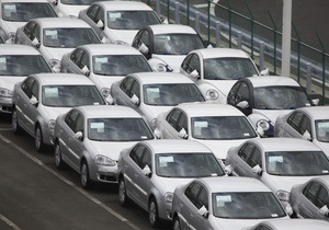Ъ: Продажи автомобилей в Украине снижаются второй месяц подряд