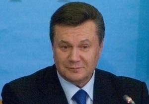 Янукович обещает выполнить любое решение КС по политреформе