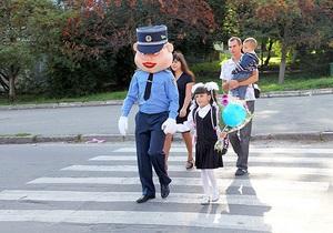 Кукла-милиционер будет играть с украинскими детьми для формирования позитивного имиджа милиции