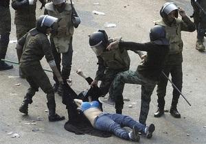 The Guardian: Египетские военные приказывали врачам  оперировать протестующих без анестезии