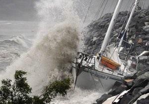 На Австралию обрушился мощный тропический циклон Улуи