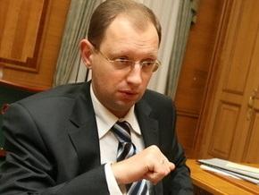 Яценюк может создать свою партию к президентским выборам