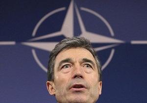 Генсек НАТО: Я с теплотой поздравляю Януковича