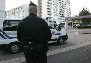Полиция провела обыск в офисе бывшего советника Саркози
