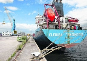 В бельгийском порту арестовали кипрский танкер с десятью украинскими моряками