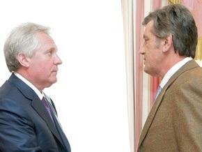 Ющенко пожаловался Медведько на статистические данные Кабмина