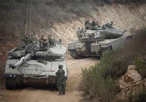 Израиль перебрасывает войска к границе с Ливаном