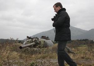 После визита на Кунашир Медведев намерен посетить другие острова Курильской гряды