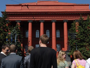 Минобразования продлил срок подачи документов на специалистов и магистров