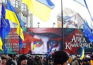 Крымский парламент просит КС растолковать, можно ли дублировать фильмы на русский язык