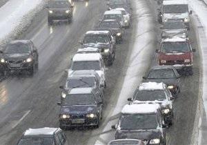 В Донецке воры похитили 19 автомобильных номеров и требуют денег у их владельцев
