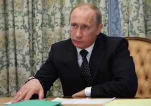 Путин поблагодарил подчиненных за слаженную работу после взрывов в московском метро