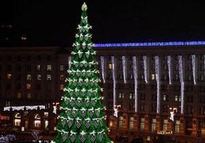 Мэрия определила, какой будет новогодняя елка в центре Киева в 2013 году