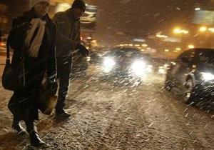 Снегопад в Москве: общая протяженность пробок превысила 900 километров