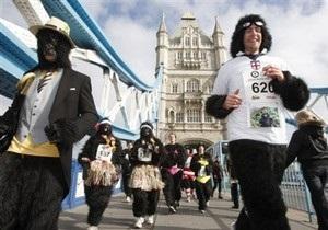 По центру Лондона пробежалась толпа горилл