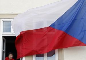 Чехия отменила требование к украинцам о предоставлении медсправок