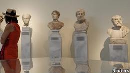 Из музея в греческой Олимпии похищены десятки экспонатов