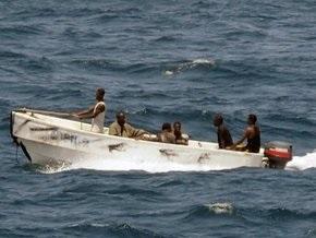Пираты освободили греческое судно с украинцем на борту