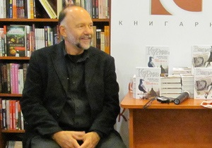 На Корреспондент.net началась онлайн-трансляция встречи с Андреем Курковым