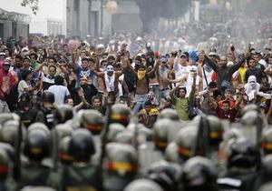 В Венесуэле произошли столкновения между полицией и сторонниками Каприлеса