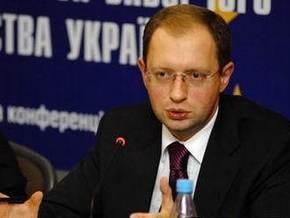 Яценюк убежден, что роспуск парламента не решит проблему дееспособности Рады