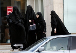 В Саудовской Аравии собираются судить женщину за вождение автомобиля