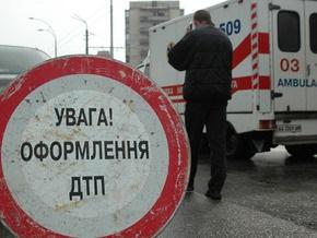 Во Львовской области машина врезалась в школьный автобус: погибли четверо