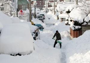 В Южной Корее из-за выпавшего снега обрушились сотни крыш