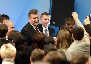Янукович начал избирательную кампанию – эксперт