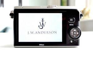 Модельер J.W. Anderson стал дизайнером Nikon
