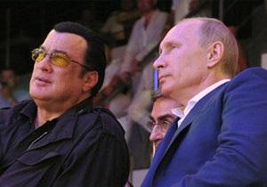 Путин и Стивен Сигал вместе открыли спорткомплекс в Москве