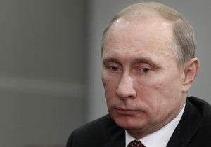 Рейтинг Путина упал ниже 50%