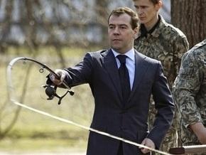 Медведев: Украина мешает работать российским компаниям