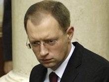 Яценюк: Повышение проходного барьера создаст демократический авторитаризм