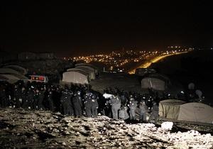 Израильские полицейские снесли палаточный городок палестинцев под Иерусалимом