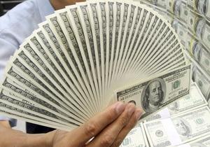 Доллар на межбанке близок к 8,11 гривен