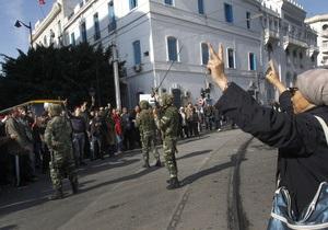 В Тунисе распустили управление госбезопасности и политическую полицию