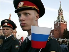 В России одобрили закон о неофициальном использовании государственного флага