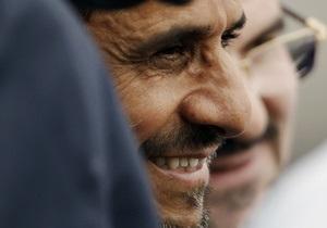 Ахмадинеджад назвал  ребячеством  планы Израиля бомбить Иран