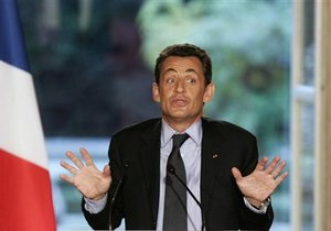 В Париже проходит саммит по Ливии