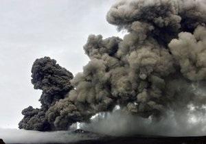Активность вулкана в Исландии вновь возрастает