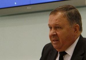 Янукович дал орден главе ЦИК и премьеру Крыма
