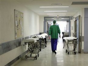 МВД возбудило дело против запорожских врачей, бравших деньги за операции