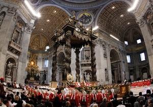 Папа Римский - В Ватикане ждут опаздывающих кардиналов из Вьетнама и Польши для начала конклава