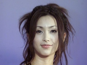 В Японии судят популярную певицу и актрису
